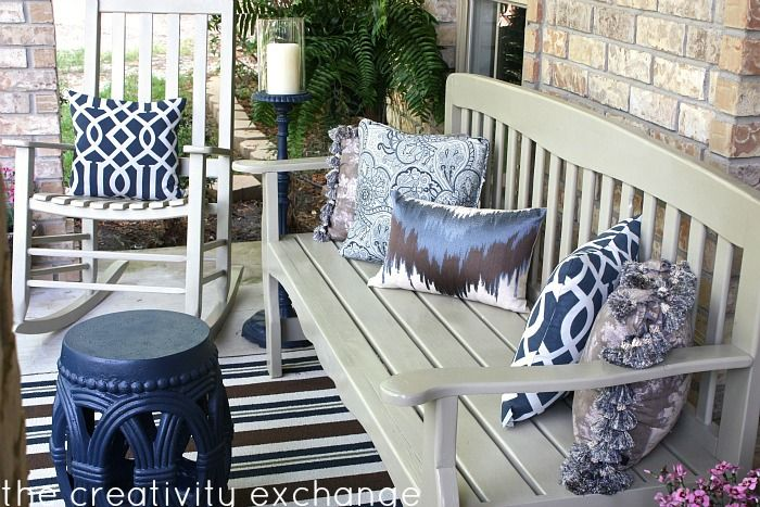 Importance of outdoor front porch   furniture