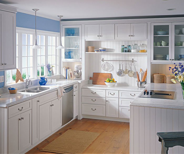 White shaker style kitchen cabinets by Kemper Cabinetry