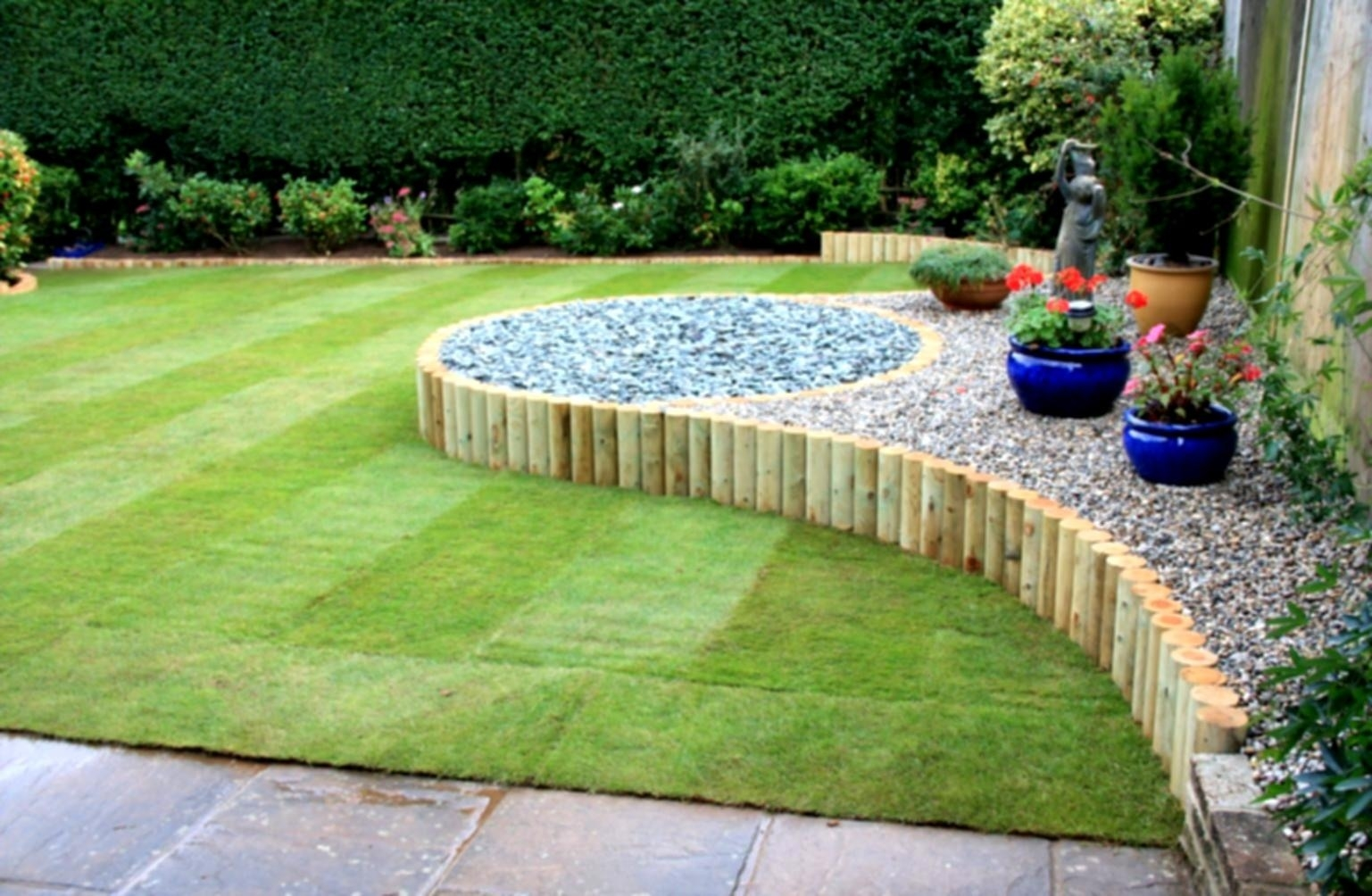 8 Creative Simple Landscape Ideas For Front Of House