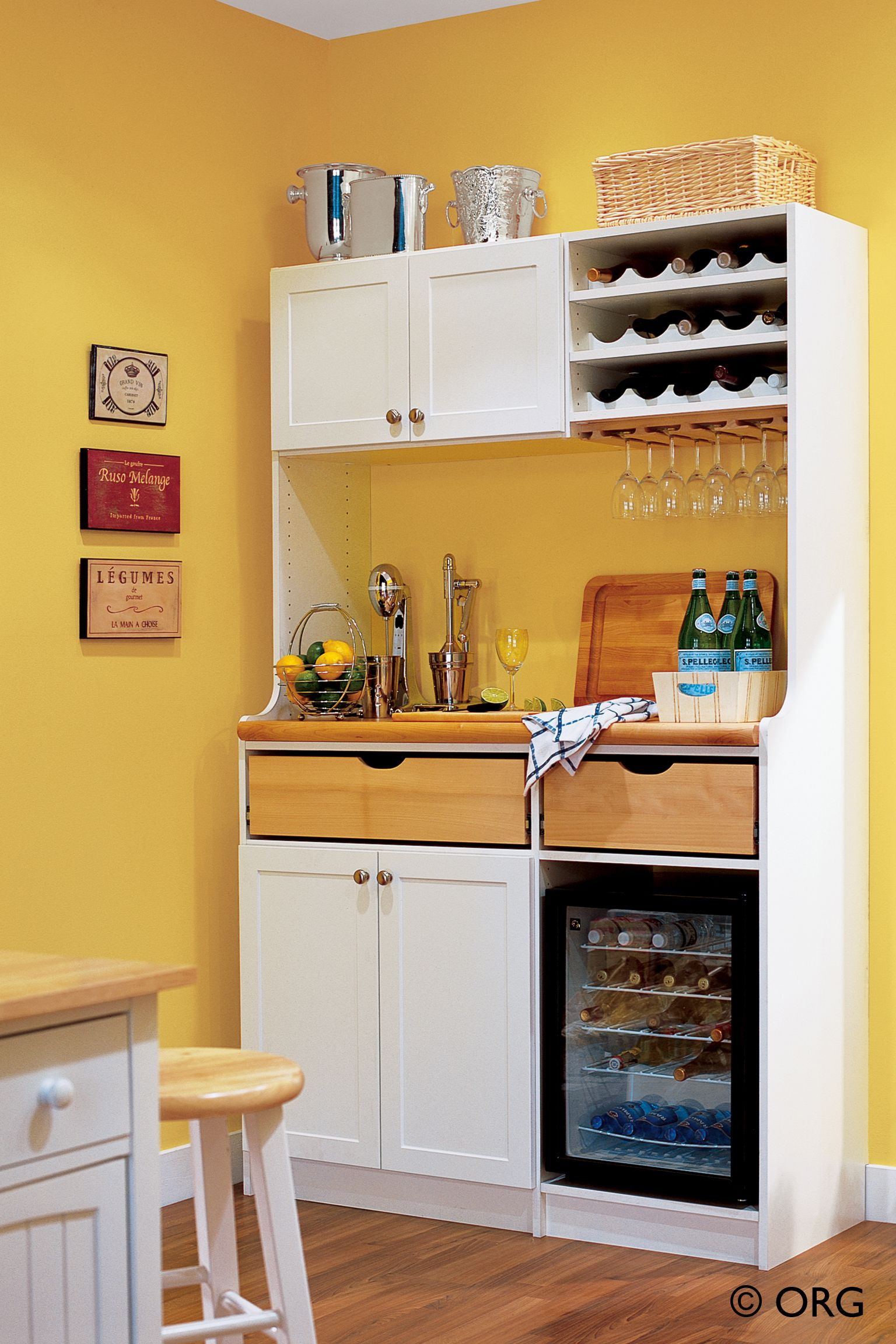 Effective management of the small kitchen   storage cabinet