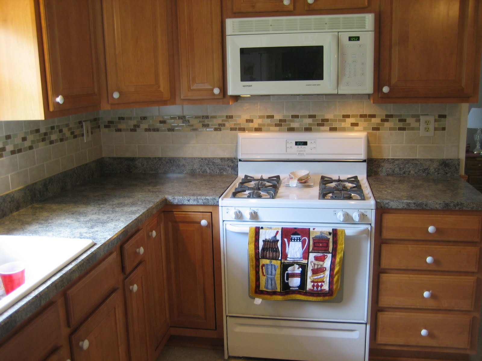 Ceramic Tile Backsplash Kitchen Ideas Cellerall Small Simple Photo Korean  Black Splash Guard Peel And Stick
