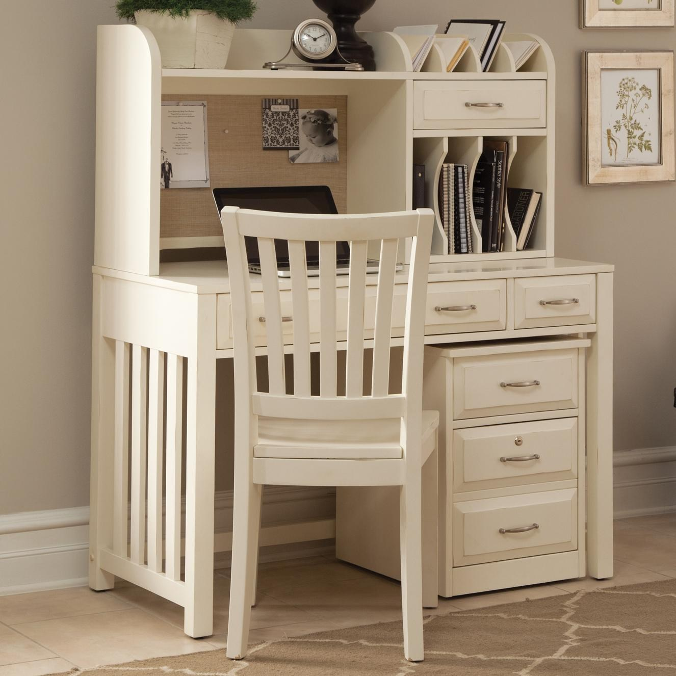 Liberty Furniture Hampton Bay - WhiteWriting Desk and Hutch