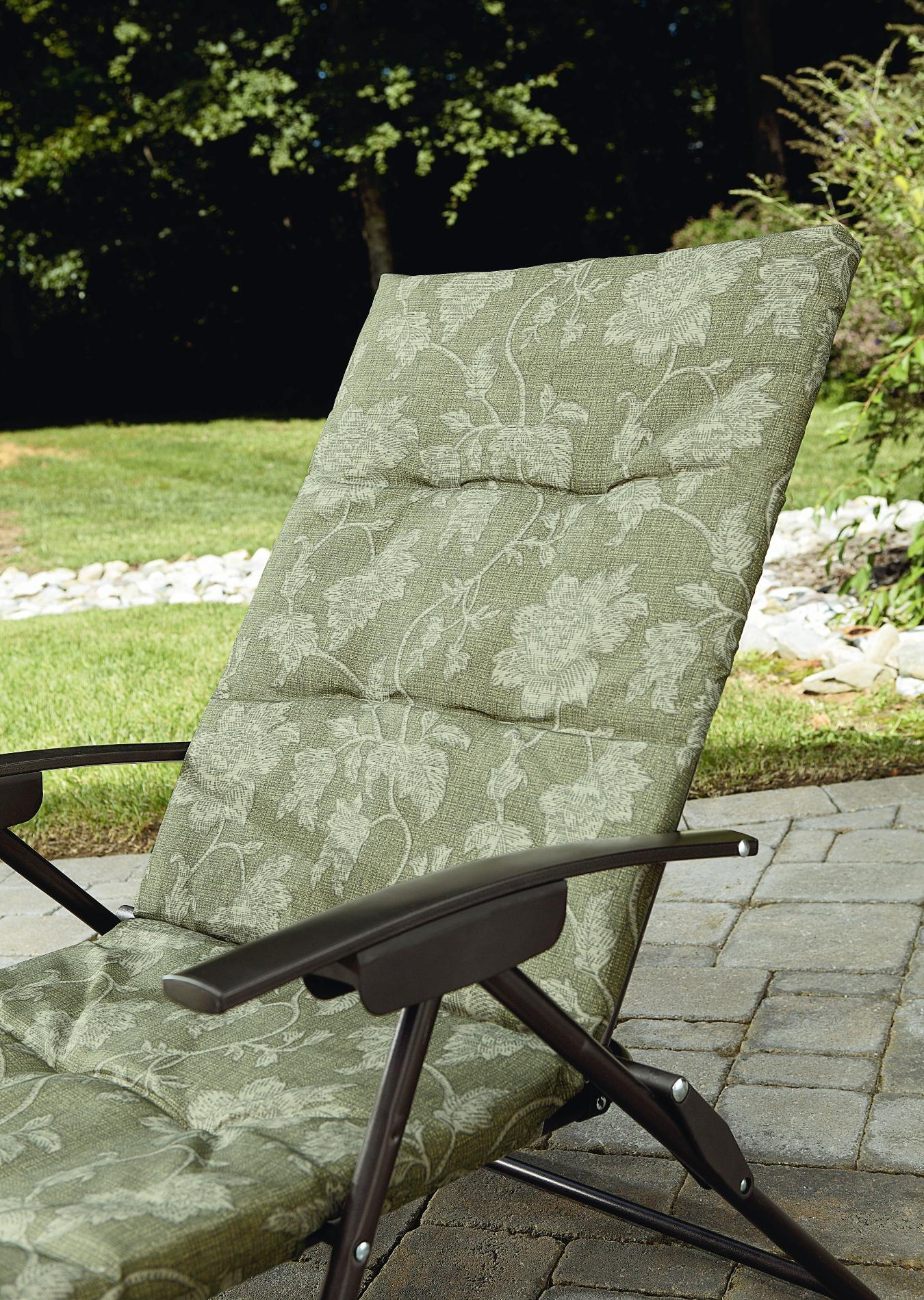 Amazing Jaclyn Smith Cora Padded Folding Chaise 2 padded folding patio chairs