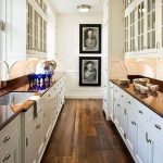 Some new galley kitchen designs to get the complete look for your home