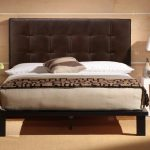 Leather Head Board, establishes a magnificent outlook for the bed