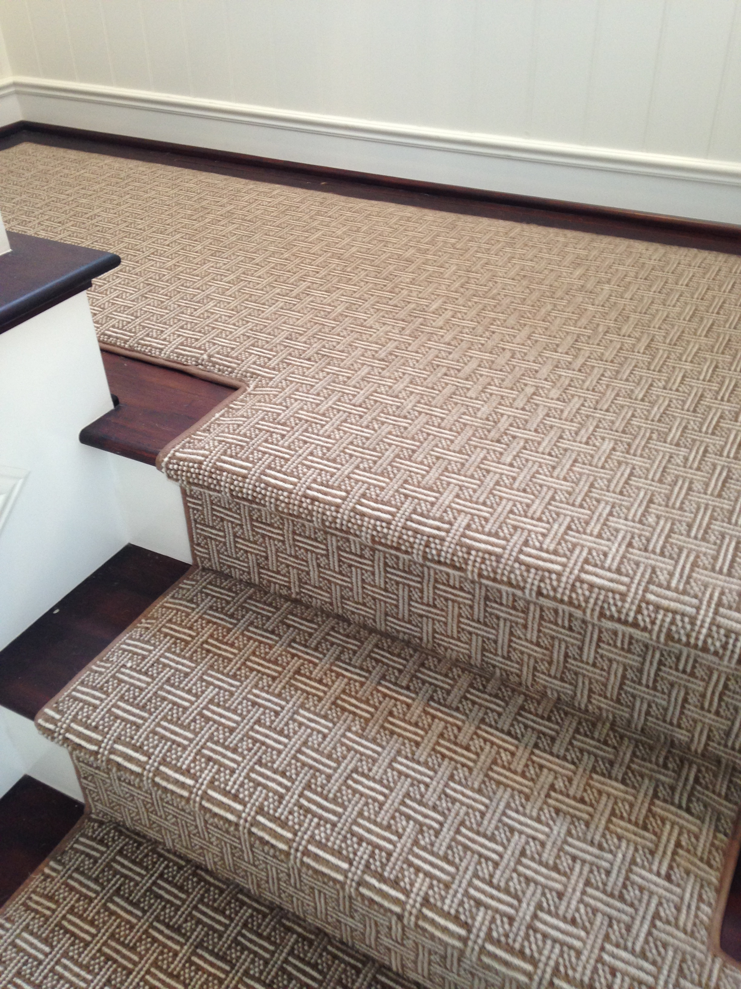 Best Fabricated from wool wall to wall patterned carpet, this stair runner looks wool carpet stair runners