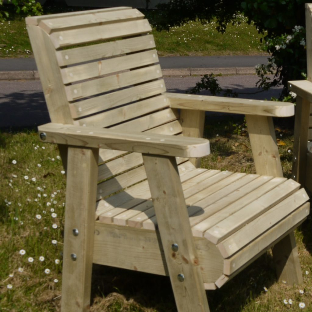 Best Image of: Wooden Garden Furniture Cleaning wooden garden recliners