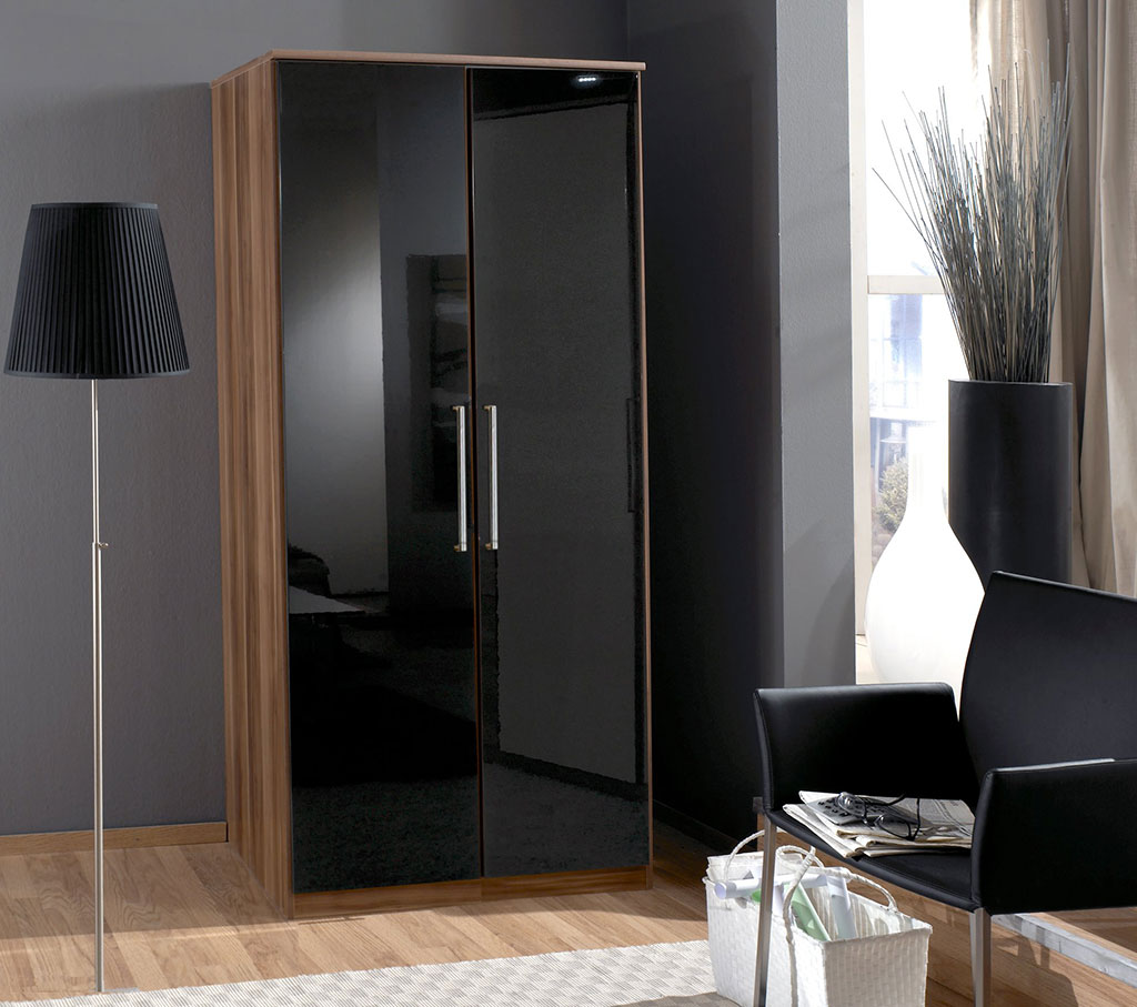 Pictures of VIEW IN GALLERY Black high gloss bedroom furniture ready assembled black high gloss bedroom furniture ready assembled
