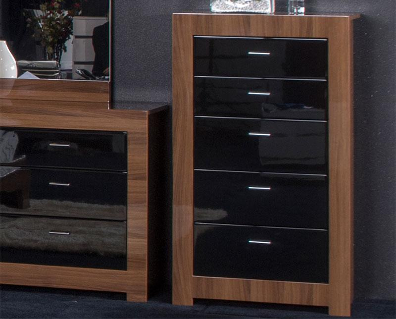 Chic bedroom furniture black gloss and walnut photo 1. Bedroom furniture black  gloss walnut black gloss bedroom furniture