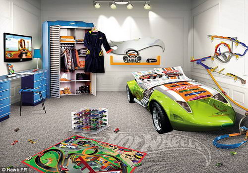 Compact Kids Bed Rooms, Green Car Bedroom Furniture Bed For Kids Children: Cool Car childrens themed bedroom furniture