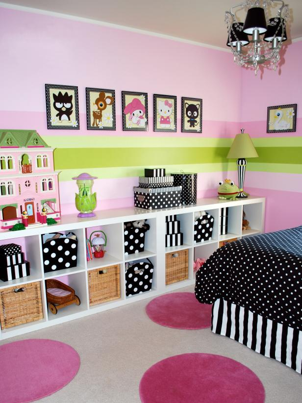 Cozy Girlsu0027 Bedroom With Modular Storage Bookcase kids room decorating ideas