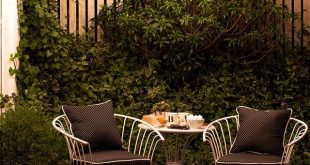 Cozy Small Patio Decorating Ideas for Renters (and Everyone Else) patio decorating ideas