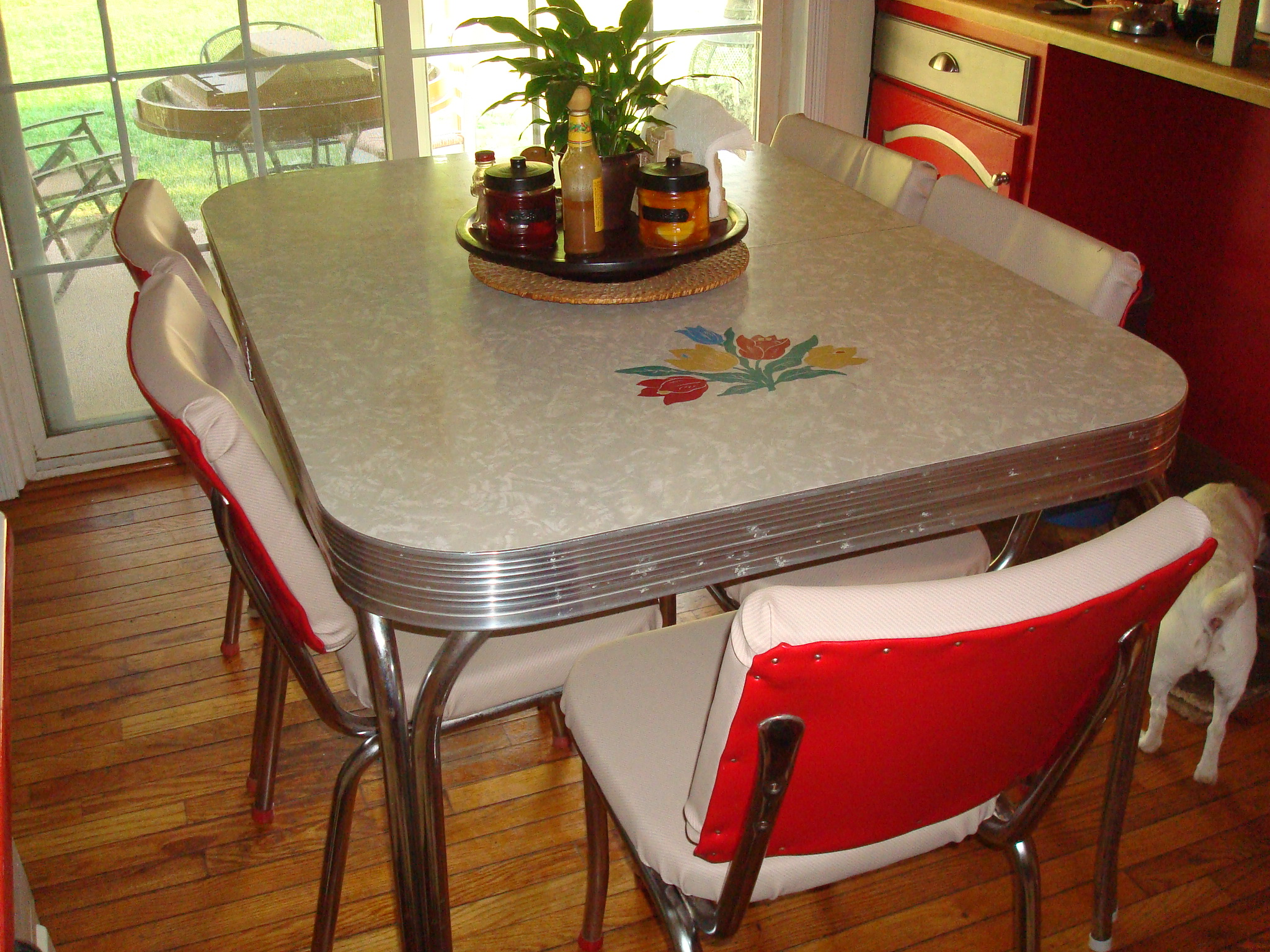 Elegant Retro kitchen table retro kitchen table
