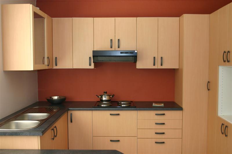 Idées de design de cuisine modulaire élégante Home Conceptor Life Conceptions de cuisine modulaires murales en métal pour petites cuisines