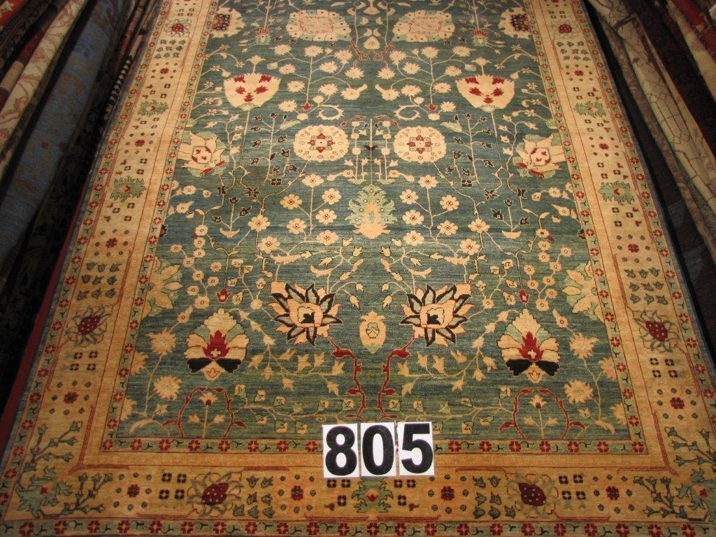 Elegant traditional area rug large traditional rugs