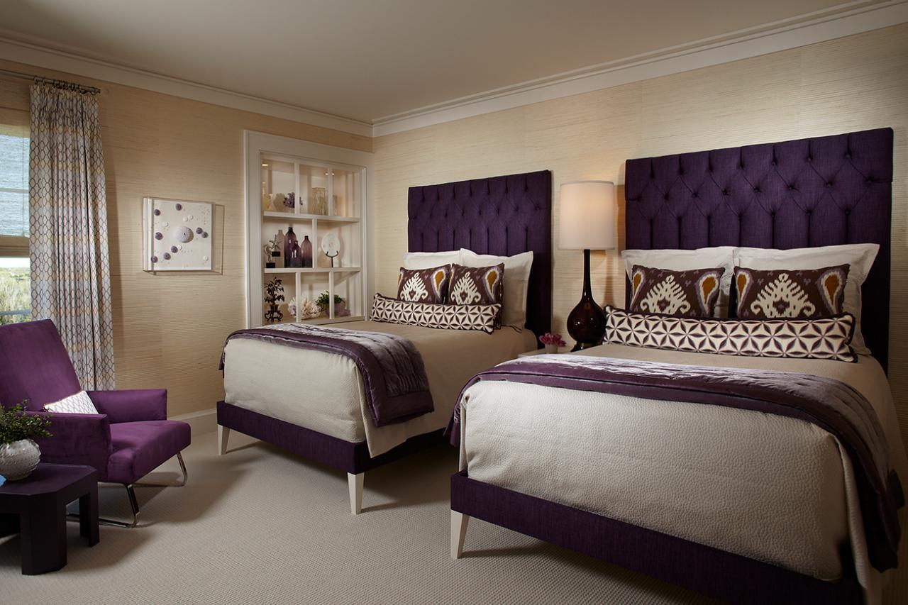Ideas of Purple Bedrooms Ideas purple bedroom decor ideas