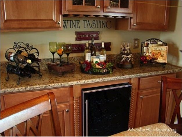 Stunning wine decor for kitchen | ... Decorating Your Kitchen With A Wine Bottle kitchen decor theme ideas