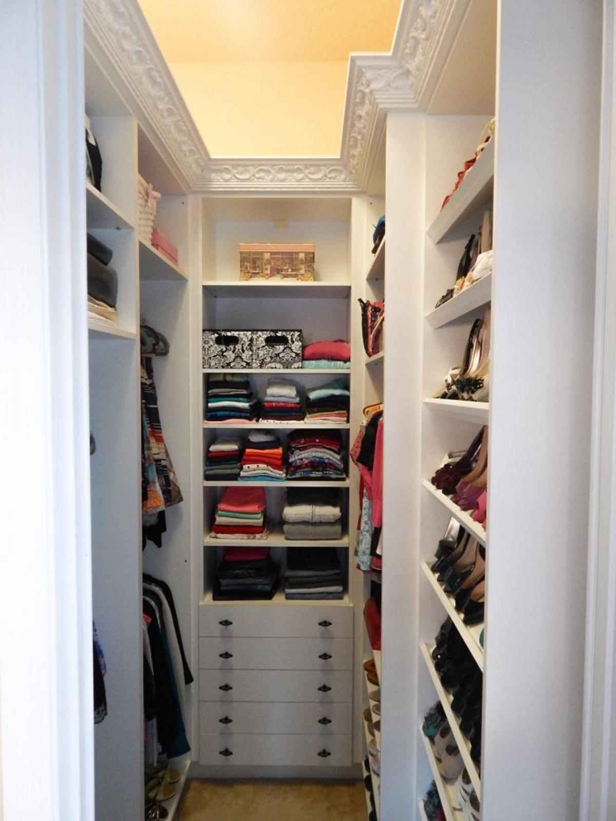 Luxury Floor To Ceiling Wall Shoe walk in closets designs for small spaces