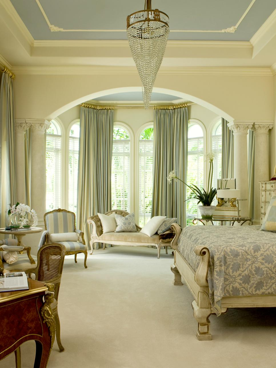 Luxury 8 Window Treatment Ideas For Your Bedroom Hgtv Master Treatments