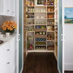 Importance of kitchen pantries to store food in an organized way