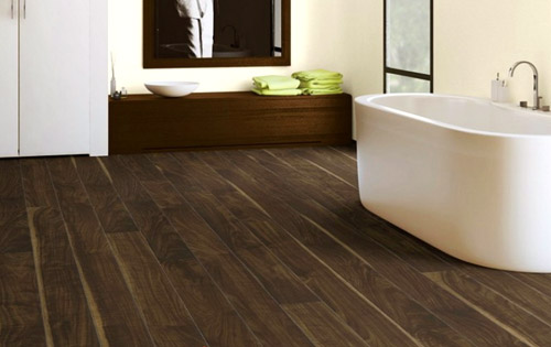 Master Laminate Flooring in Bathroom bathroom laminate flooring