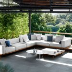 Teak furniture for outdoor uses