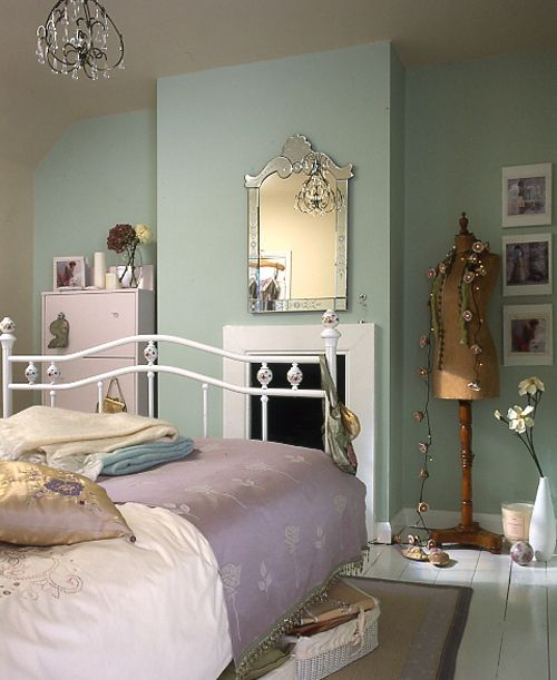 Great ideas using vintage bedroom designs