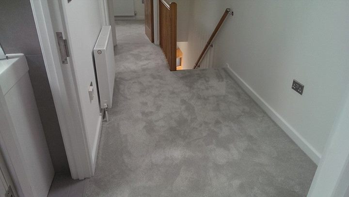 Pictures of Cormar sensation luxury saxony carpet installation at a bespoke flat in  Ware. luxury silver carpet