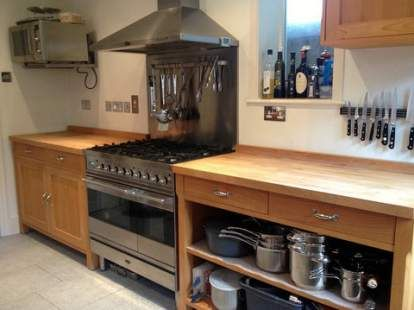 Popular Approx 9yr Old Free-standing Habitat Oliva Kitchen with Appliances free standing kitchen units