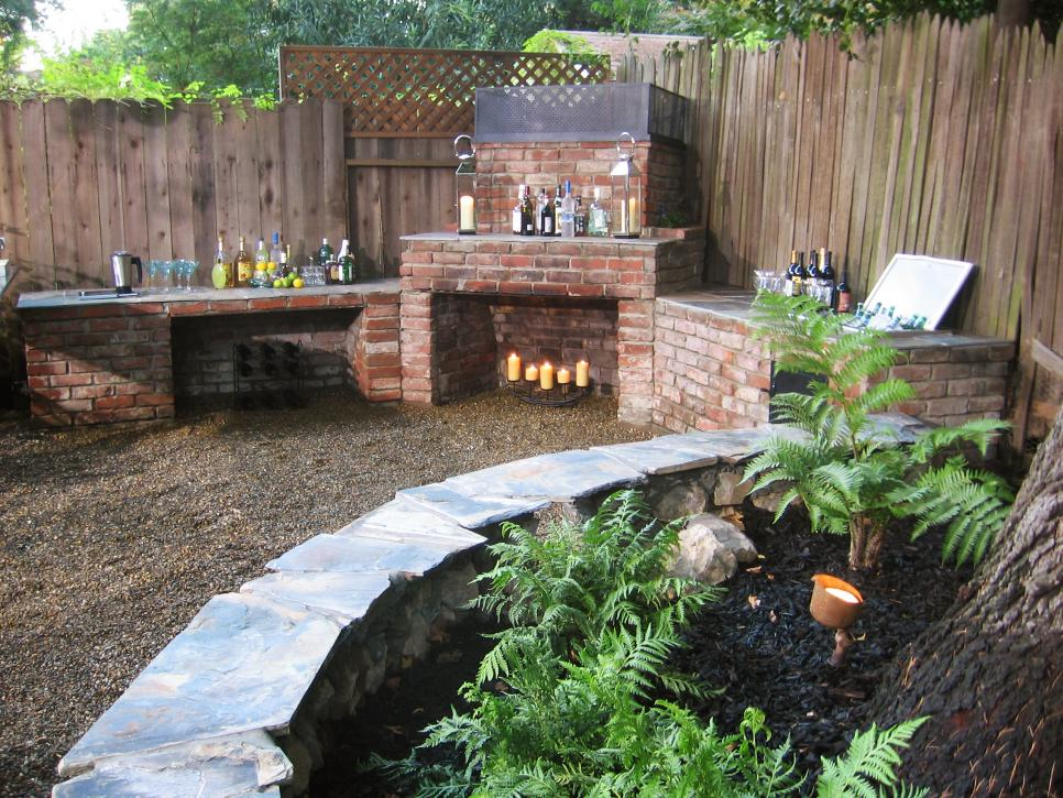 Popular Outdoor Fireplaces and Fire Pits | DIY diy outdoor fireplace