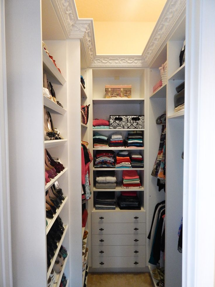 Cool small-walk-in-closet-design-solutions-idea-pictures small walk in closet ideas