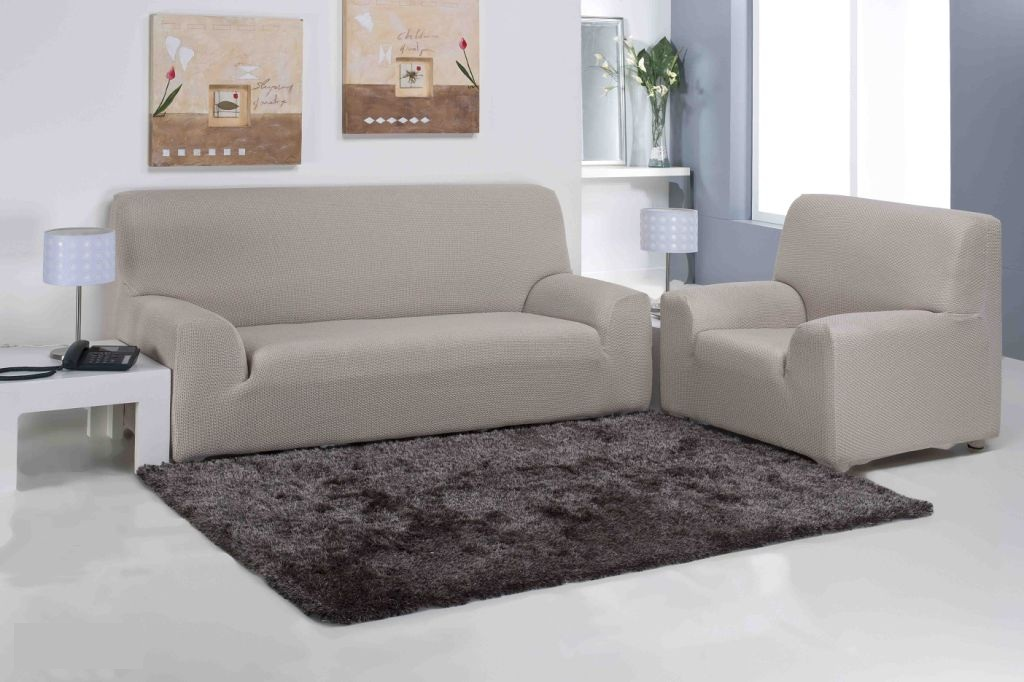 SLIPCOVER SOFA : CLOTHING FOR THE FURNITURE