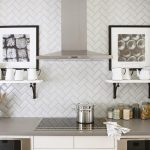 Keep your kitchen clean and tidy with kitchen tile backsplash