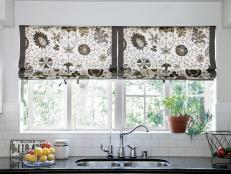 10 winning kitchen window treatment ideas 10 photos TNHUGGE
