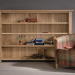 Oak Bookcase Has All Great Features You Need