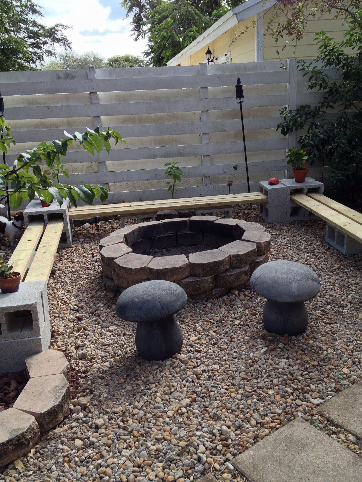 cinder block bench seat video instructions | the whoot FDZDGPB