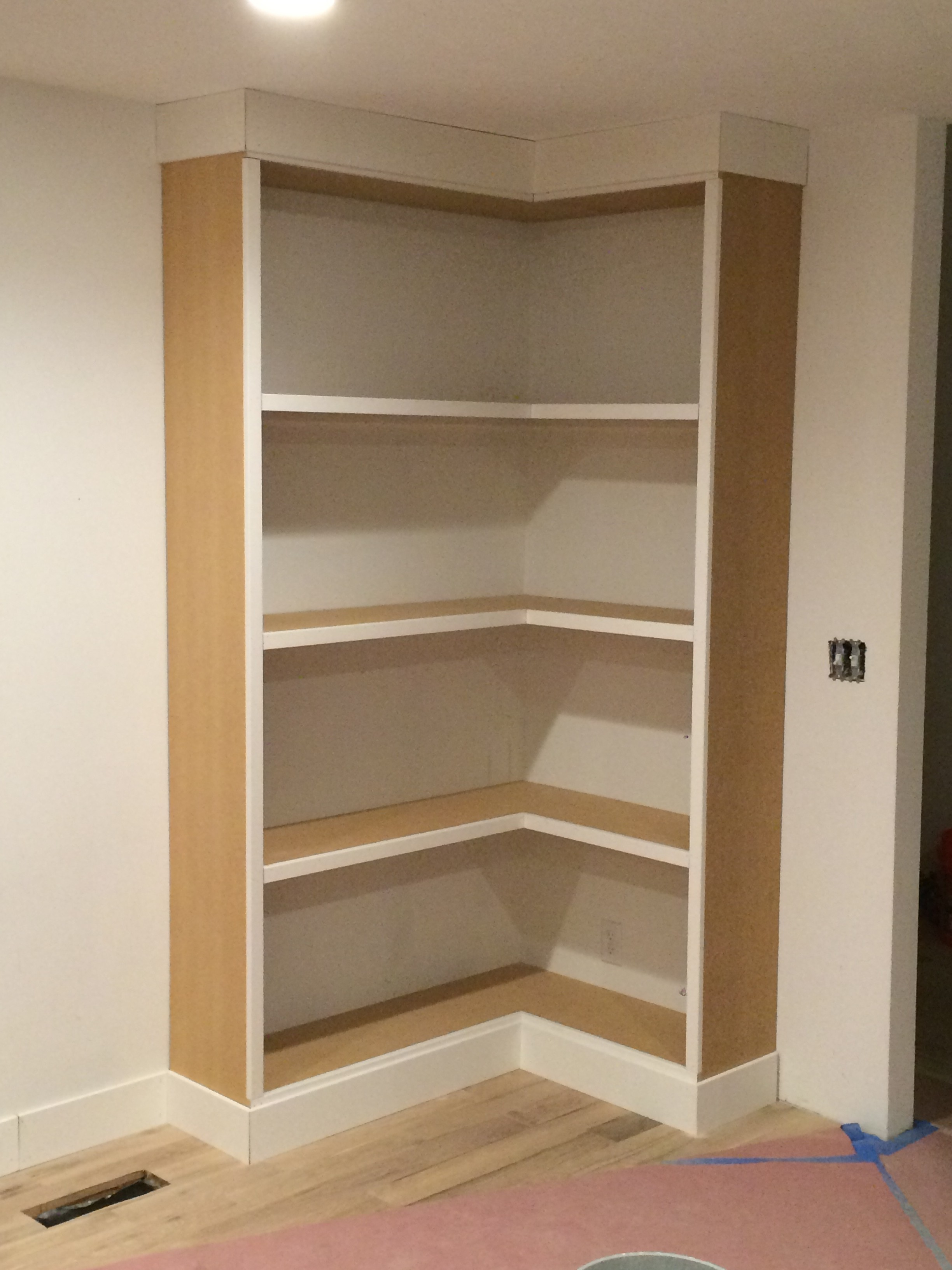 corner bookshelf diy corner bookcase (video) - withheart NBYJIQP