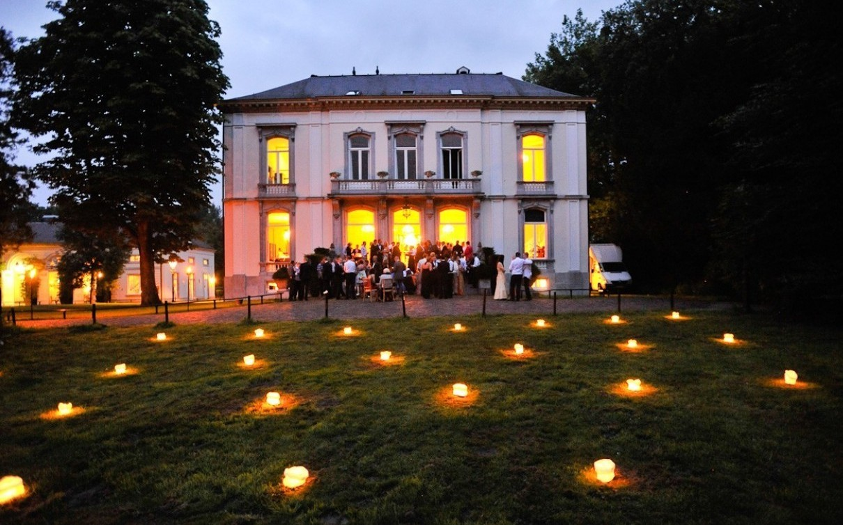 garden lighting 9 amazing ideas for outdoor party lighting HQJSKFD