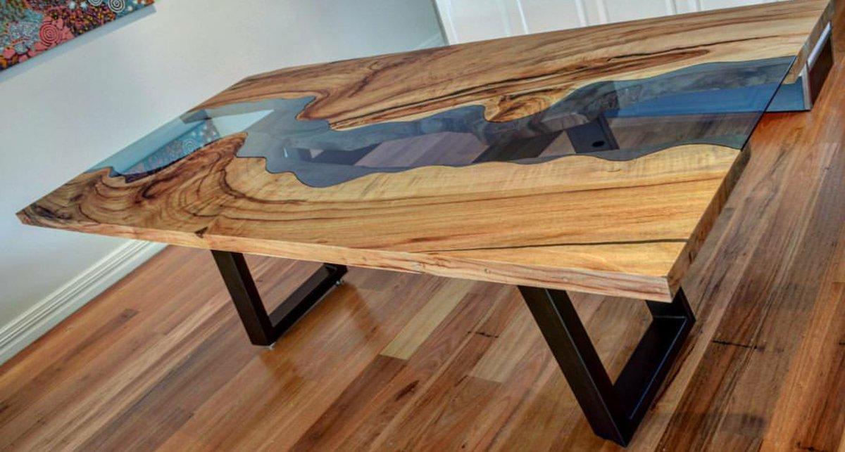handmade furniture 0 replies 2 retweets 7 likes OSTDJYN