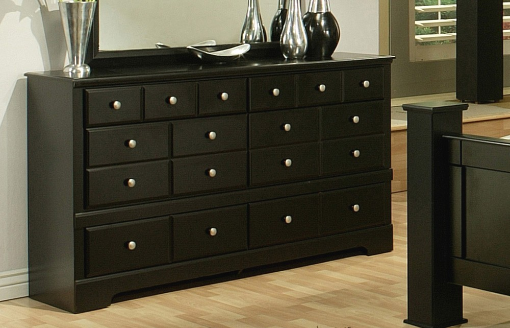 how to decorate the top of your bedroom dressers? GQUYJDS
