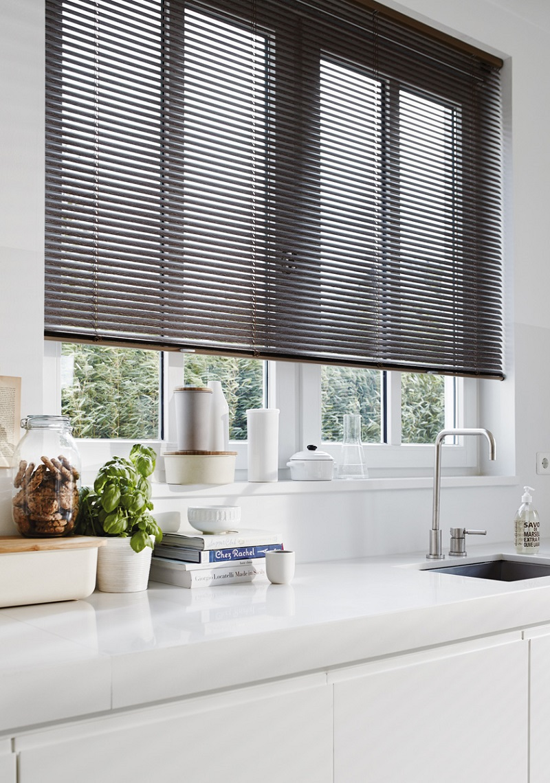kitchen blinds black venetian blinds VRHOAGR