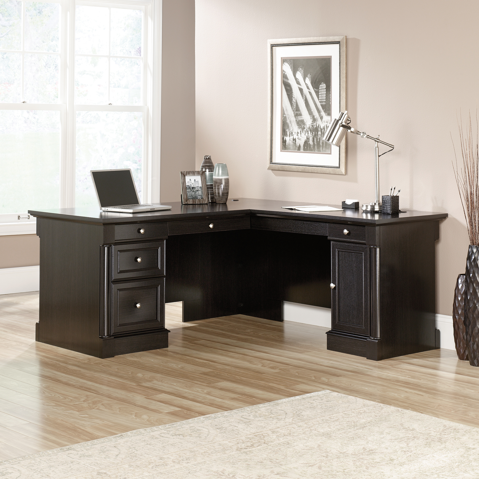 L Shaped Desk for More Productive Time