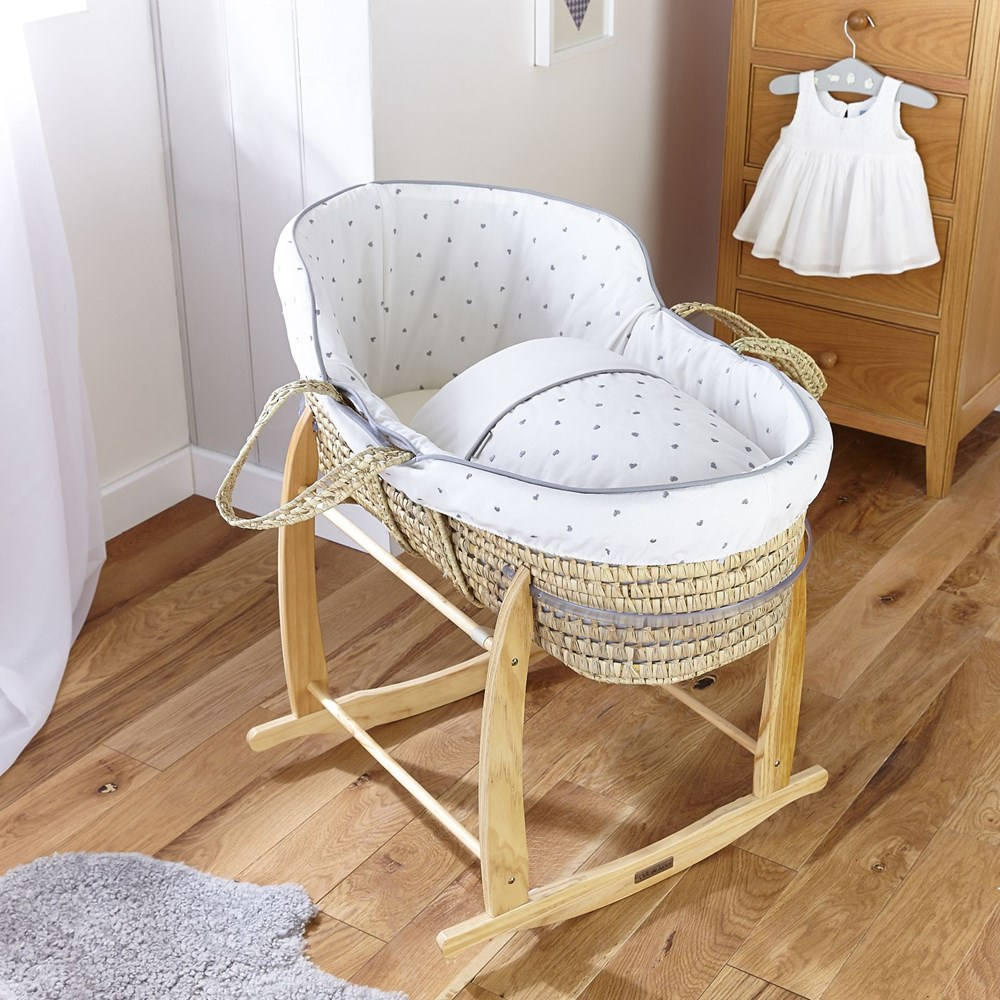 Moses Basket for a Better Care of Your Baby