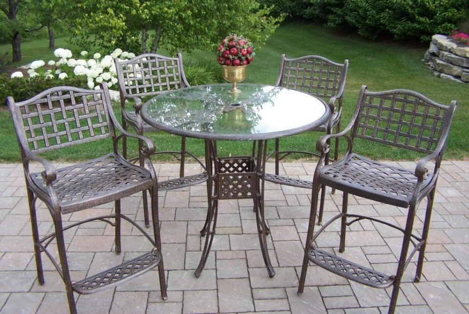 metal furniture 6 easy ways to remove rust stains from metal outdoor furniture LLVDLRI