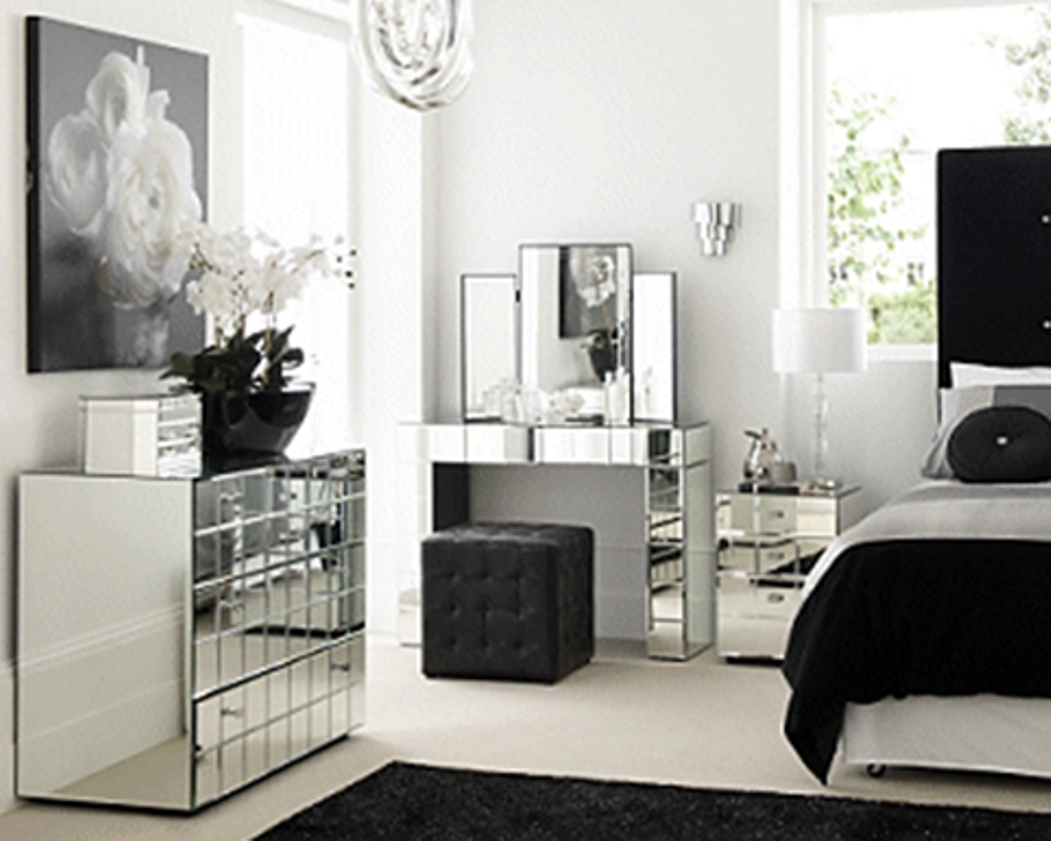 mirrored bedroom furniture utilize offer mirror bedroom furniture sets large area actual size course QACGEOF