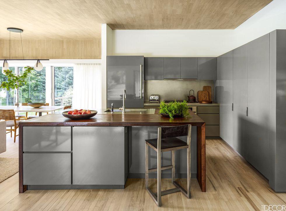 Upgrading kitchen with modern kitchen cabinets