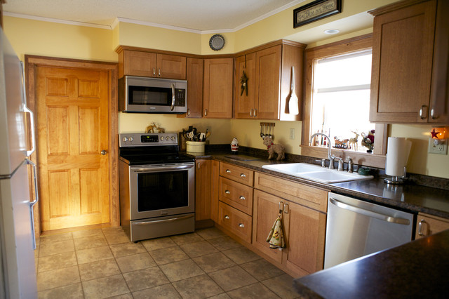 oak kitchen cabinets | shaker door style | cliqstudios contemporary-kitchen RLZTSPT