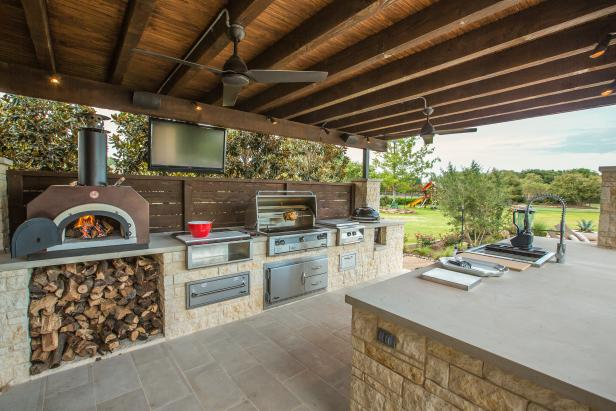 outdoor kitchens outdoor kitchen with pizza oven OEKJEAN