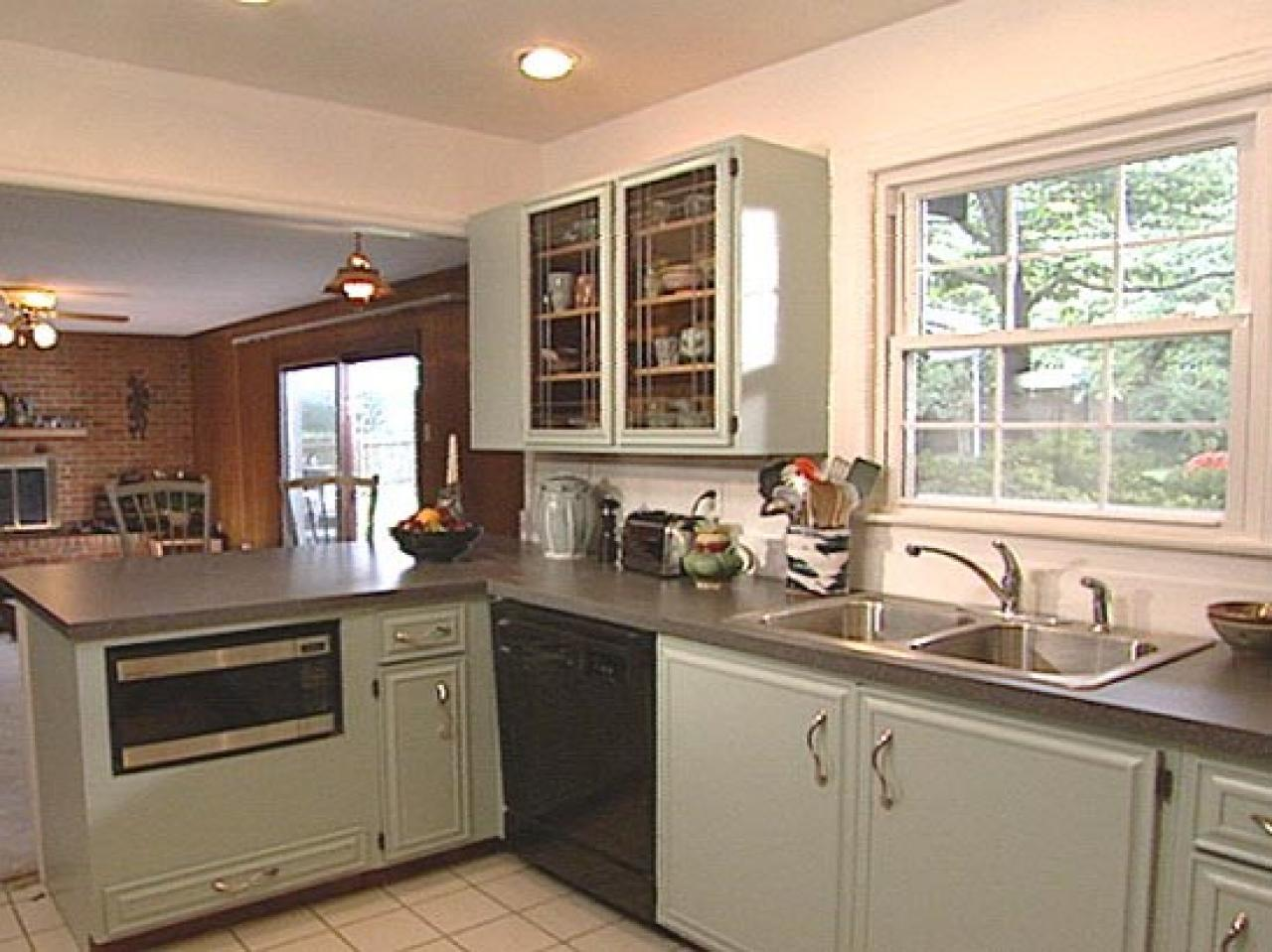 painted kitchen cabinets how to paint old kitchen cabinets TUOIJWC