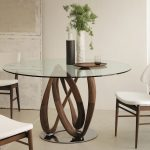 The benefits of having a round dining table
